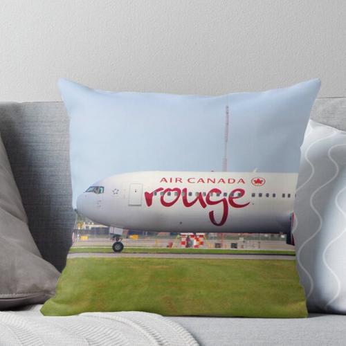 Air Canada Rouge B767 Kissen