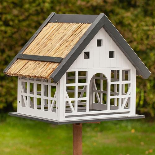 VOSS.garden Lindau - großes Vogelhaus im Fachwerkstil, inkl. Ständer