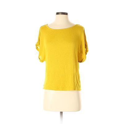Xhilaration Pullover Sweater: Go...