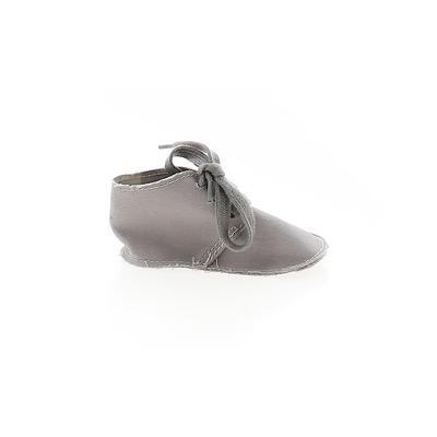 Baby Gap Booties: Gray Solid Sho...
