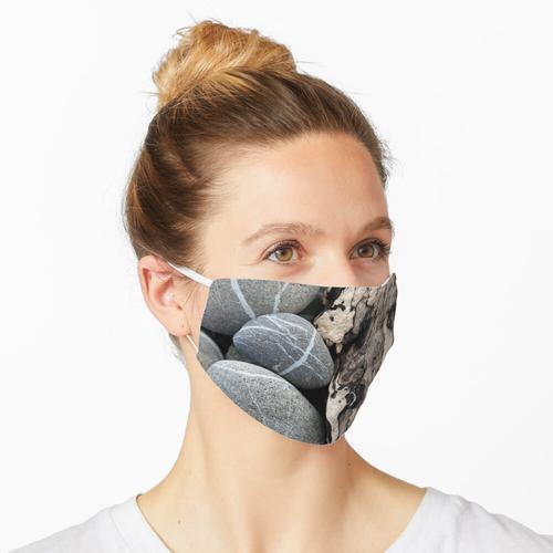 Treibholz und Steine Maske