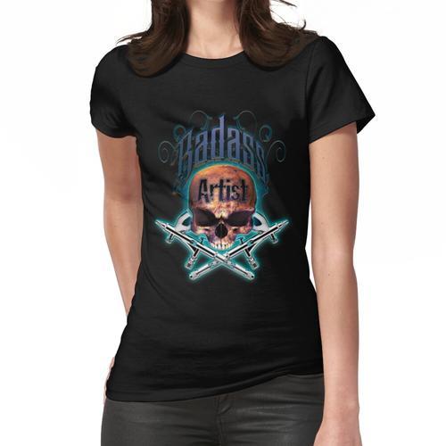 Badass Airbrush Artist Skull & Airbrushes von OrganicBeej Frauen T-Shirt