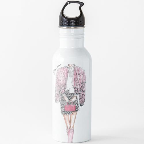 Chanel Oberlin Wasserflasche