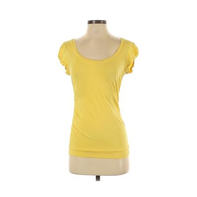 Ambiance Apparel - Ambiance Apparel Short Sleeve T-Shirt: Yellow Solid Tops - Size Medium