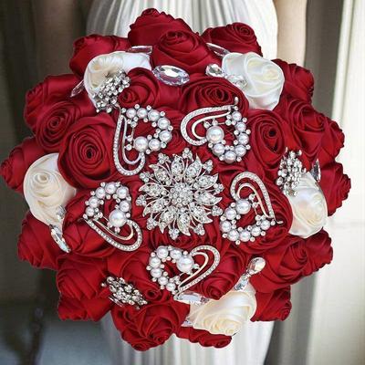Bouquet de mariage rouge or diam...