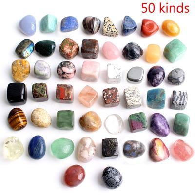 Ensemble de cristaux bruts natur...
