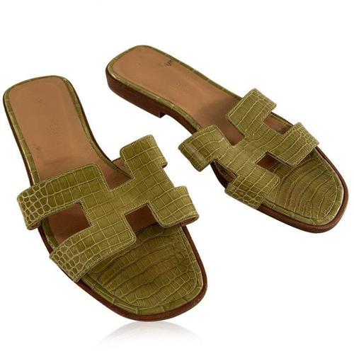 Hermès Leder Oran Flat Slide Sandalen Slip On Schuhe Größe 36