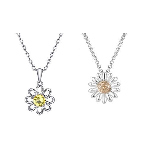 Schmuck: Halskette mit Blumen-Anhänger mit Swarovski®-Kristallen / 1