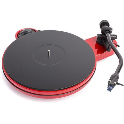 Pro-Ject RPM 3 Carbon Gloss Red turntable w/blue pt #2 cart